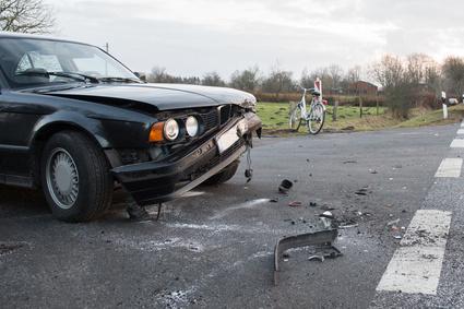 Frontschaden am Auto nach Wildunfall