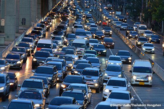 Verkehrschaos_statt_Rettungsgasse_ATP